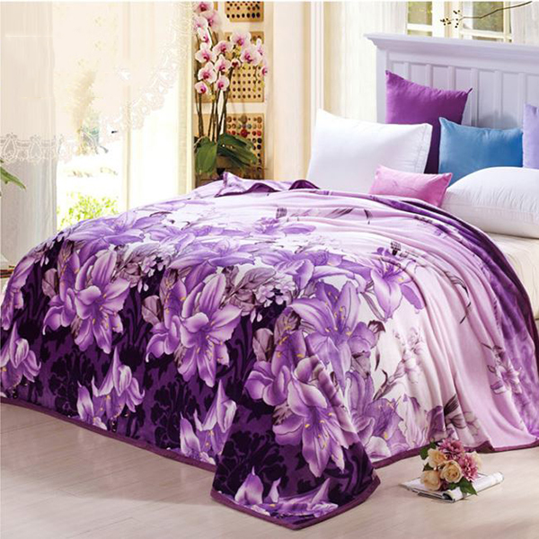 Graceful_Noble_Purple_Lily_Print_Coral_Fleece_Blanket